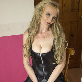 I'm very good at teasing, esp on cam - I love sucking 69ers dogging swinging and 3 sums - I have a lot of other things I love to do, so why not call this hot BABE!