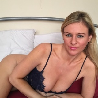 I'm an expert in riding cock I love sitting on top of a cock getting all my pussy juice all over it , I'm a really energetic girl with a high sex drive
